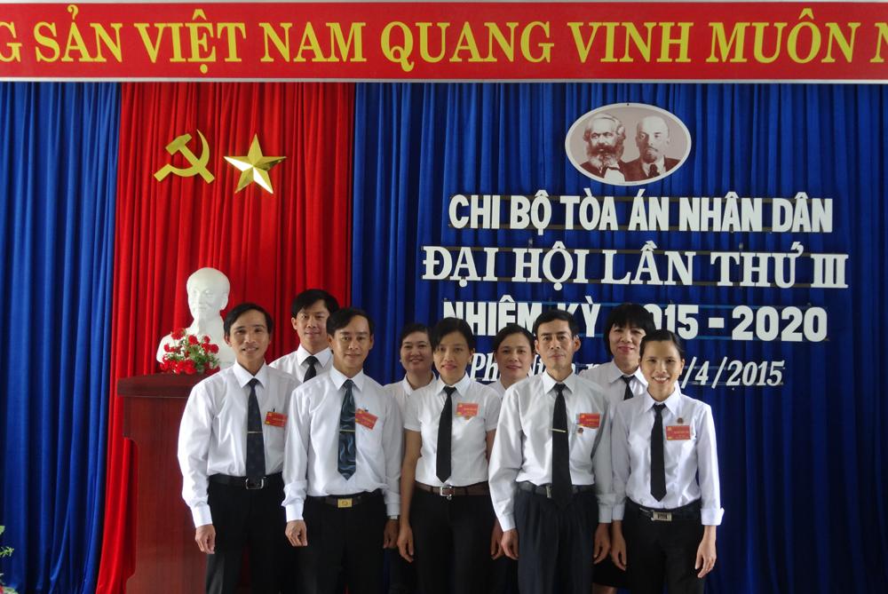 Đại hội Chi bộ TAND huyện Phú Ninh lần thứ III nhiệm kỳ 2015 – 2020